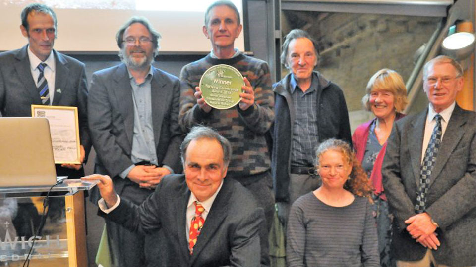 Pigneys Wood volunteers win prestigious countryside award